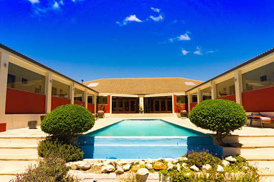 https://kleinmondtourism.co.za/wp-content/uploads/2020/09/guesthouse.jpg